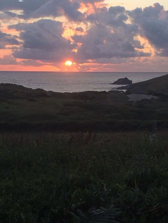 Parkdean - Crantock Beach Holiday Park: Sunset from caravan