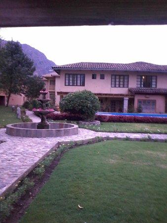 San Agustin Urubamba Hotel : Zona del jardín