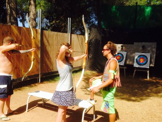 Fiesta Hotel Tanit : Archery with instruction from Gabriel