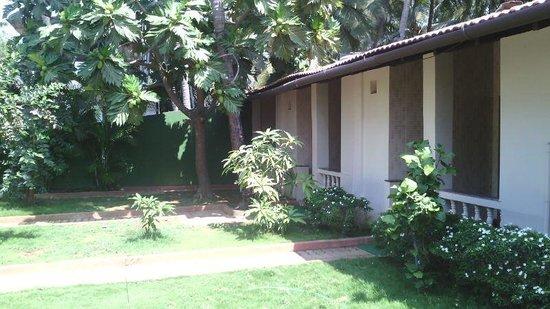 Dropadi Inn: Exterior View