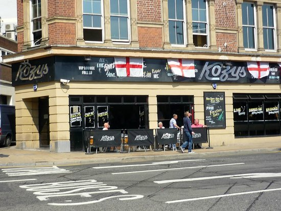 ‪Kozys Bar‬
