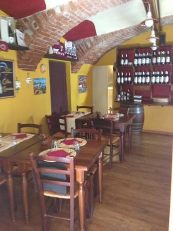 Vin Santo Bar & Cuisine by Marta & Gabri: saletta interna