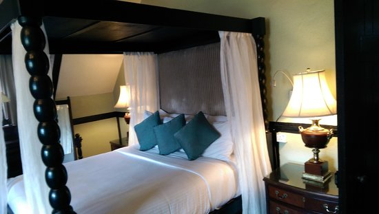 The Lakehouse, Cameron Highlands: Master bed room