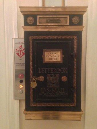The George Washington A Wyndham Grand Hotel: Letter box on main floor