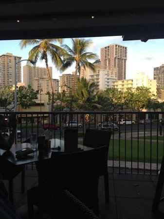 Hard Rock Cafe : View from Lanai at Hard Rock Honolulu