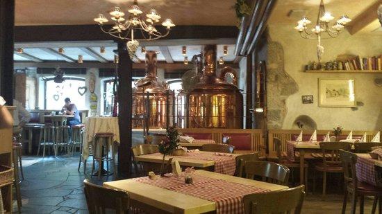 Gassl Brau: Bellissimo locale, personale molto gentile e ottimo cibo!!