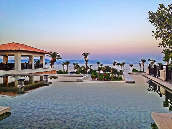 Grecotel Kos Imperial Hotel : View from the Lobby Bar terrace