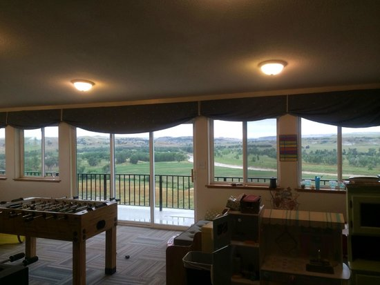 Circle View Guest Ranch: The game room with a view of the Badlands.
