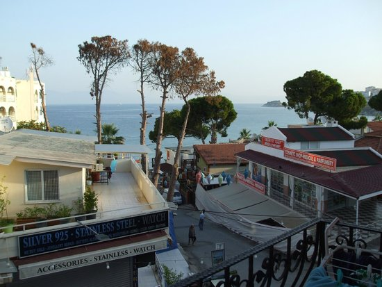 Hotel Rosy Suites: A nice sea view