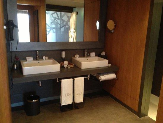 Lopesan Baobab Resort: Bathroom