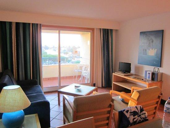 Alpinus Hotel : séjour avec balcon