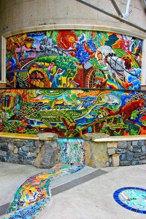 Napa Walking Tour: Alan Shepp's mosaic fountain
