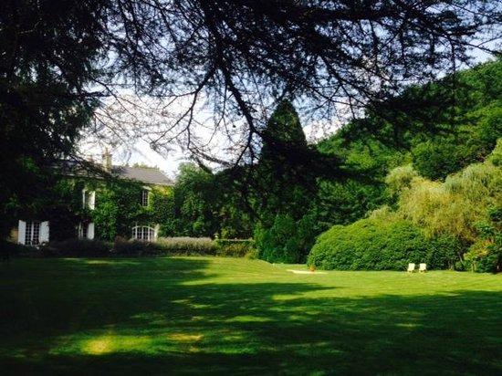 Domaine De La Brugere: Le jardin