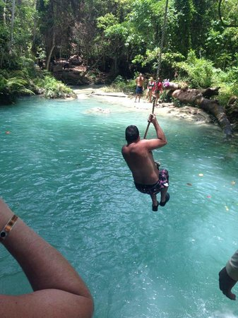 Liberty Tours Jamaica - Day Tours : rope swing