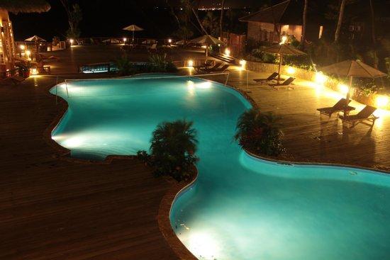 Media Luna Resort & Spa : Piscina