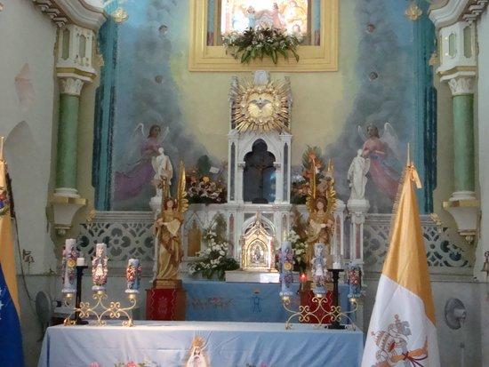 Basílica de la Virgen del Valle: vista del altar