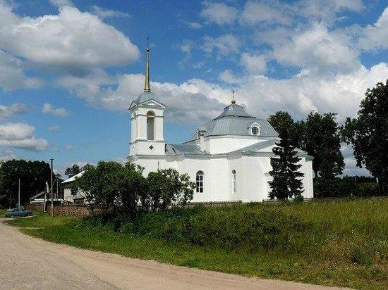 Kuzmichi, Russie: вид с дороги