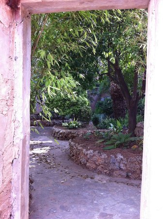 Petit Hotel Rural Son Jordà: Courtyard