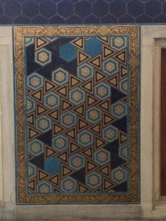 Museo de Arqueología de Estambul: Wall tiles. Tiled Pavilion