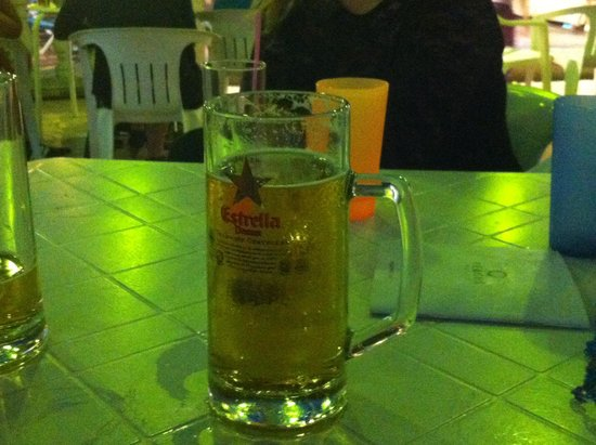 H·TOP Paradis Park: Nice pint of San Miguel with the allinclusive