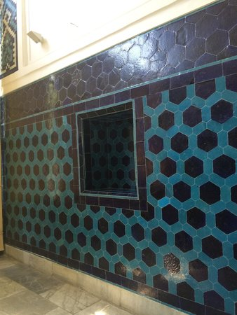 unique walls. tiled pavilion. - picture of istanbul archaeological