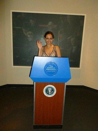 National Museum of American History : Стойка Президента