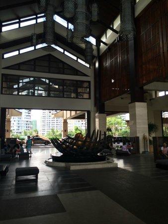 Howard Johnson Resort Sanya Bay: лобби