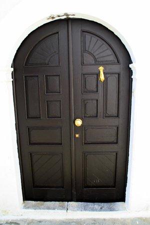 Lindos: Particolare di una porta
