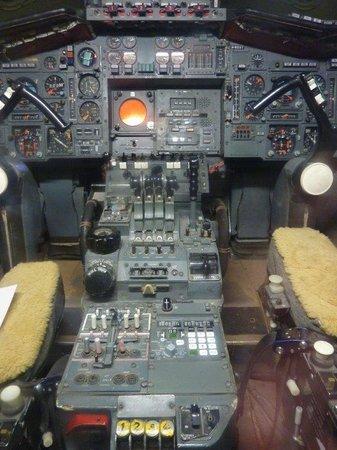 Fleet Air Arm Museum: Concorde cock pit