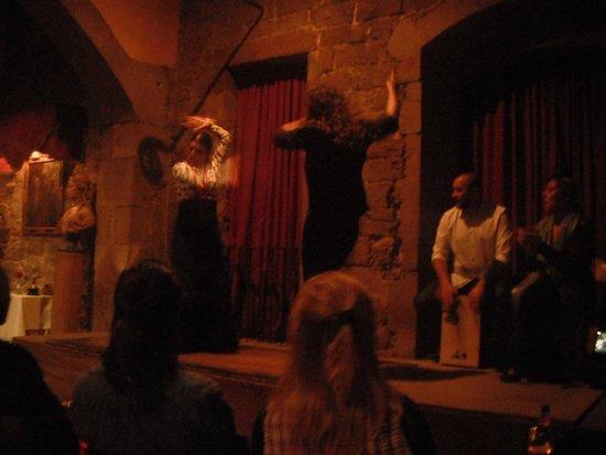 Las Ramblas: Uno spettacolo di Flamenco.