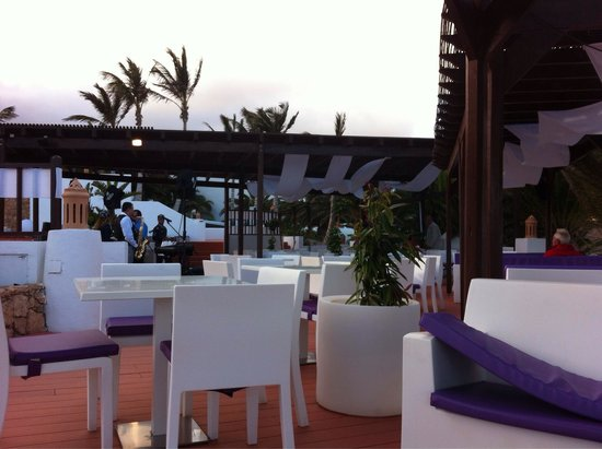 Club Jandia Princess Hotel: Chill out bar- adults only