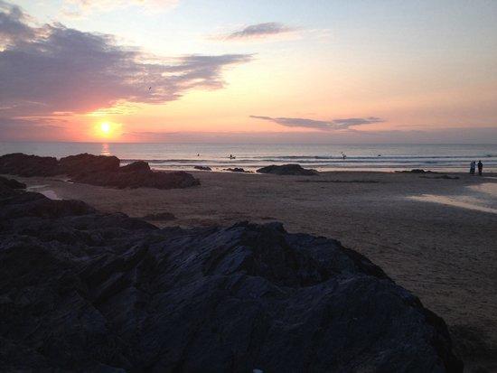 The Esplanade Hotel: Sundowners Sunset Surfers