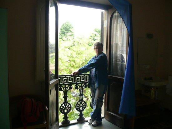 Hotel Garden : Чудесный старинный балкон в номере