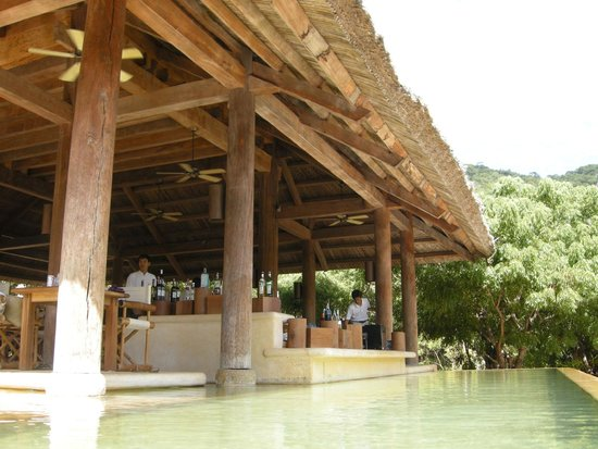 Six Senses Ninh Van Bay : beach restaurant