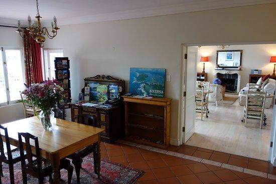 Bridgewater Manor: Frühstücksraum und Aufenthaltsraum