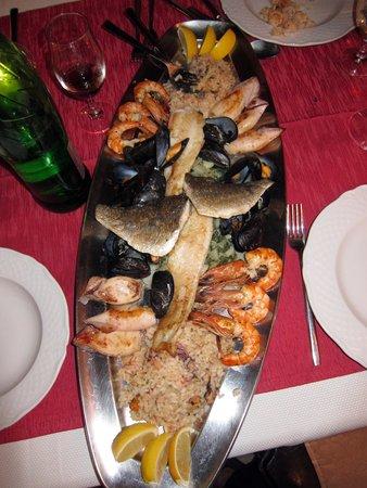 Konoba Stari Grad: Fish platter for two