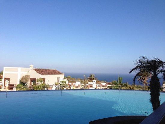 Melia Hacienda del Conde: Piscina superior del hotel