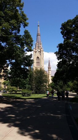 Morris Inn : View of the Basilica of the Sacred Heart, just a short walk away.