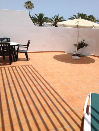 Costa Sal Villas and Suites: large private patio area