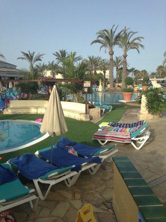 Gran Oasis Resort : kids pool/water sport pool