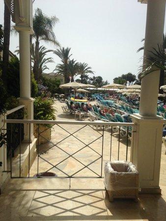 Gran Oasis Resort: sunbeds