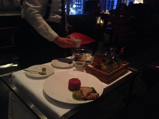 Bluebird Chelsea: steak tartare show