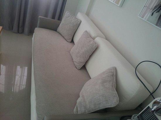 H10 Andalucia Plaza: sofa