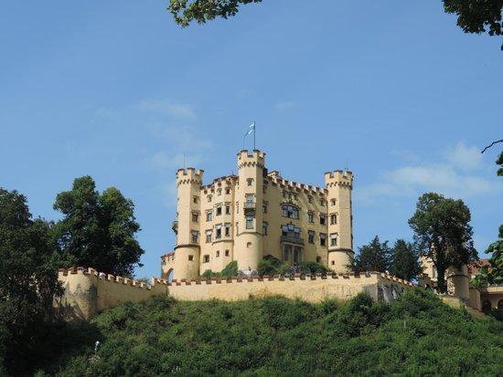 Schloss Hohenschwangau: It's a small castle