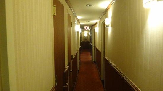 Clarion Hotel Park Avenue : pasillo del hotel