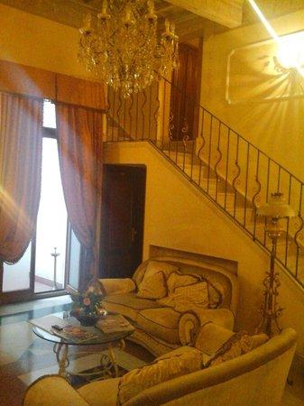 Domus Florentiae Hotel: Hotel lounge