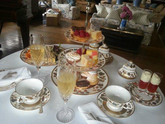 Llangoed Hall: Afternoon Tea
