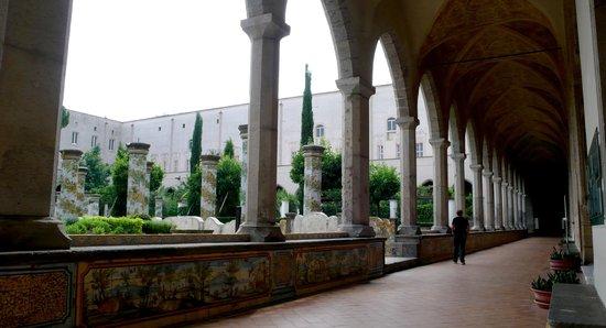 Complesso Monumentale di Santa Chiara: cloitre