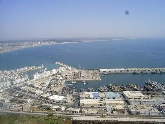 Agadir Oufella Ruins: Вид на побережье и океан