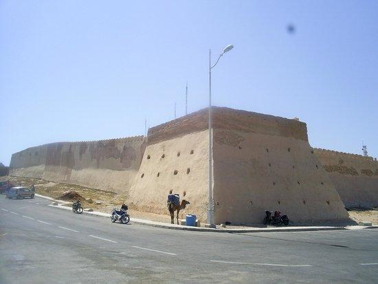 Agadir Oufella Ruins: Стена